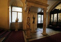Vienna Hallway