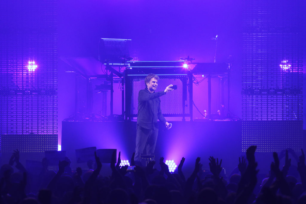 Jean-Michel Jarre and cell phone